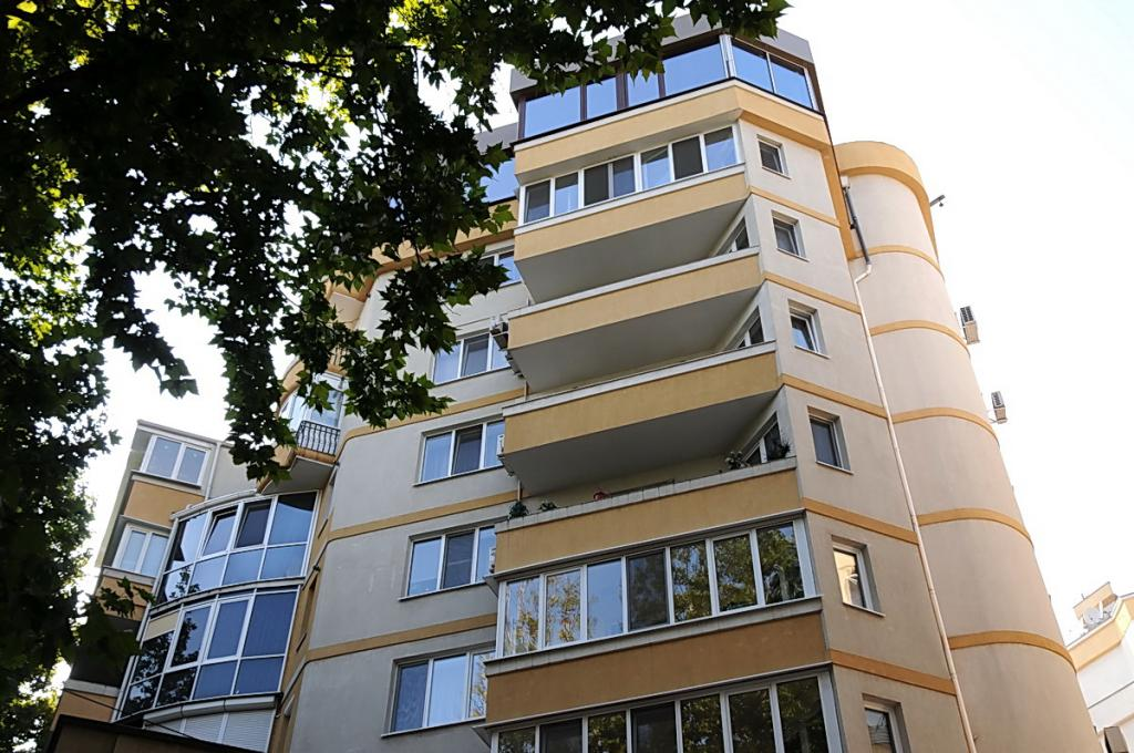 Apartment building on 39A, Eminescu street