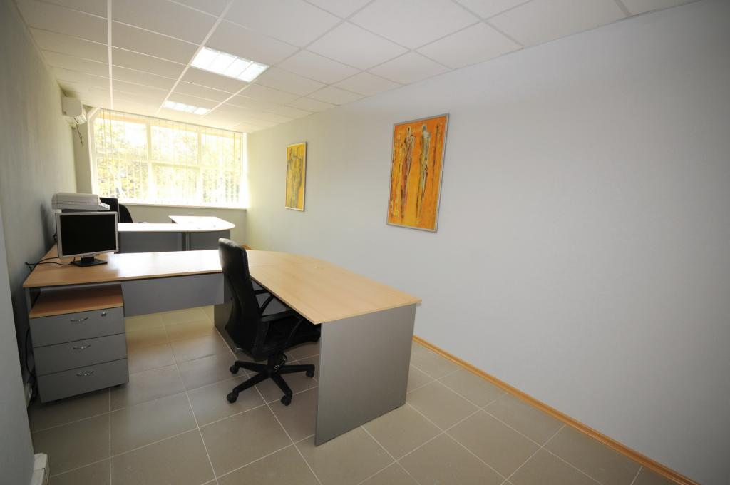 Офисные помещения возле ТЦ Jumbo