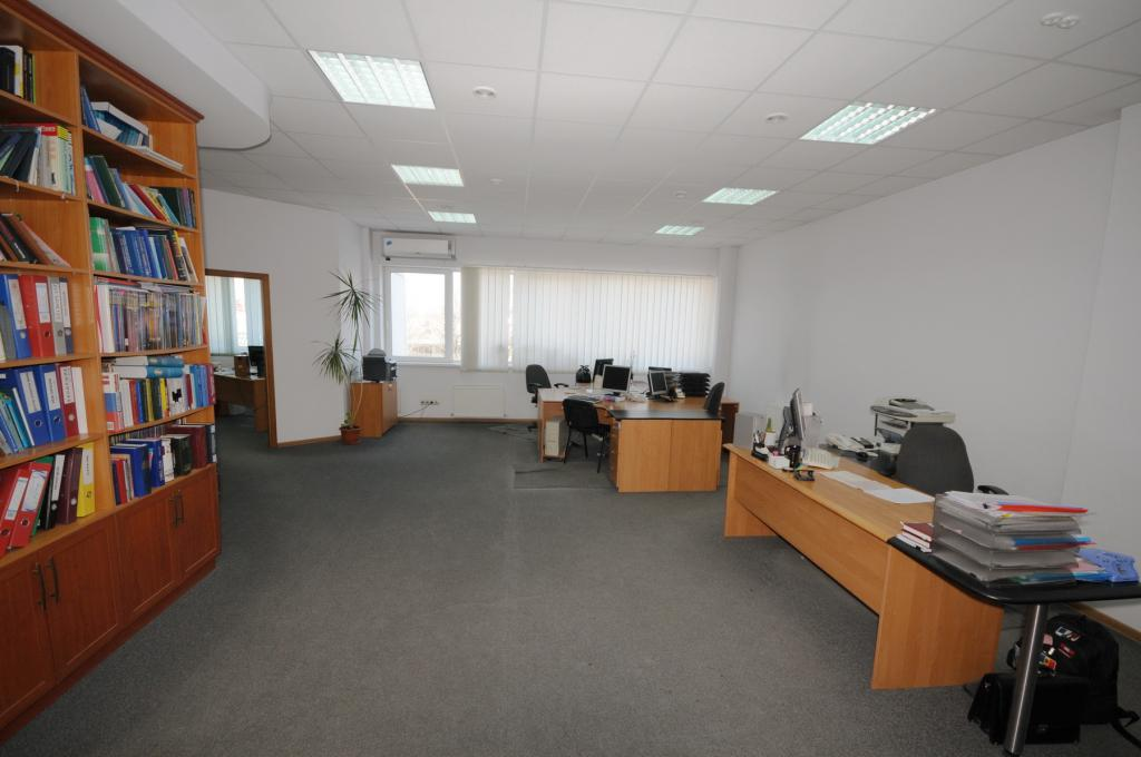 Современный офис по улице Тигина