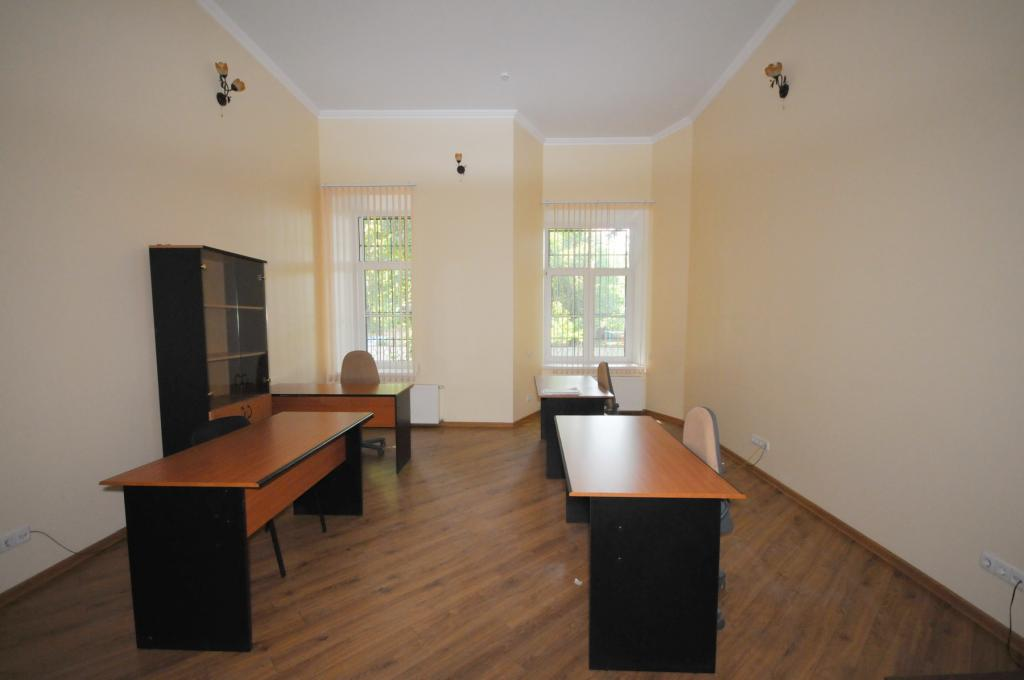 Office space in historical building on Iorga street.