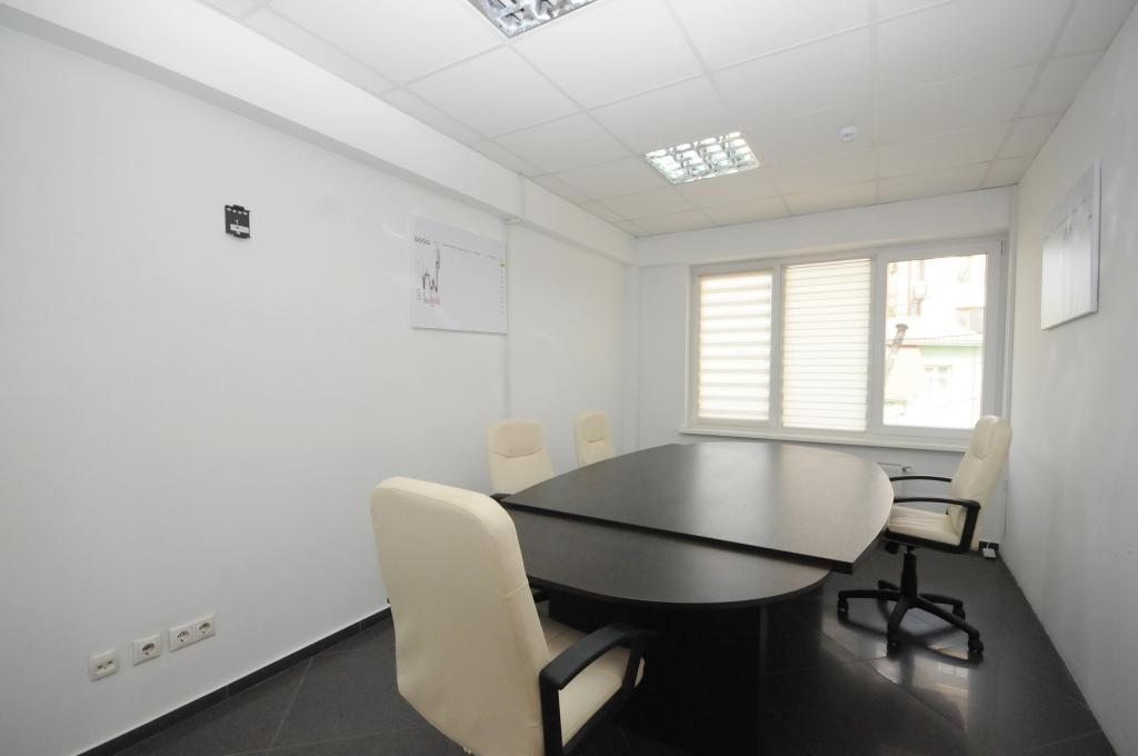 Office space near the Embassy of Turkey