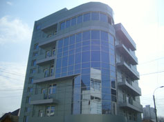 Grade B office building near Elat shopping center in Chisinau.