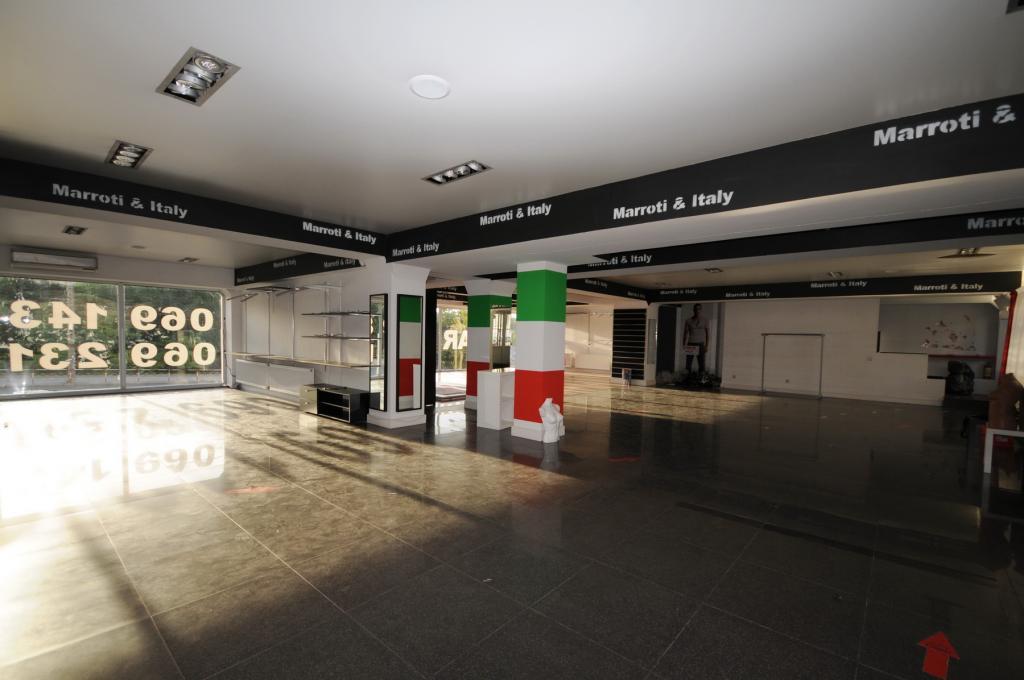 Офисное/торговое помещение возле ТЦ Jumbo в Кишиневе