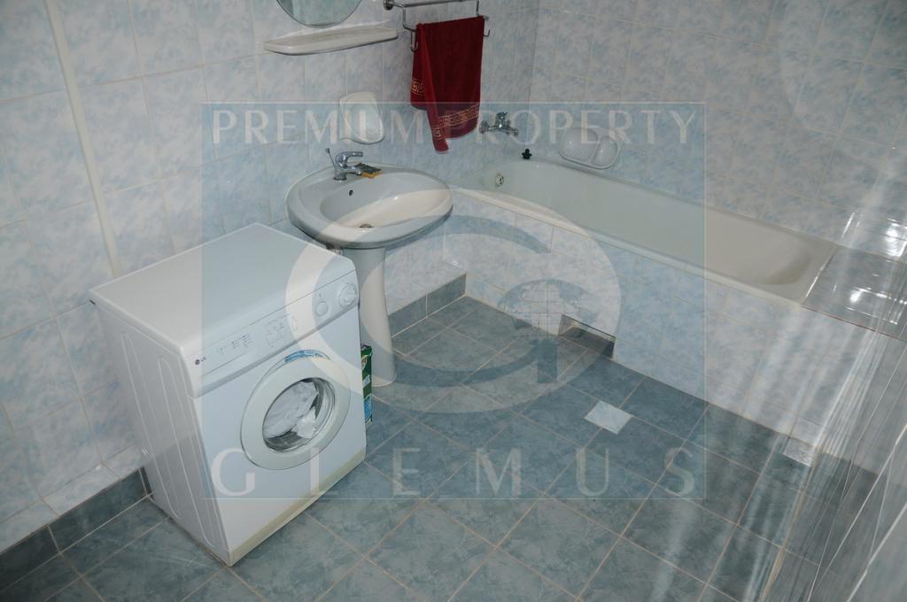 Отдельностоящий особняк для использования в качестве офиса по ул.Букурешть
