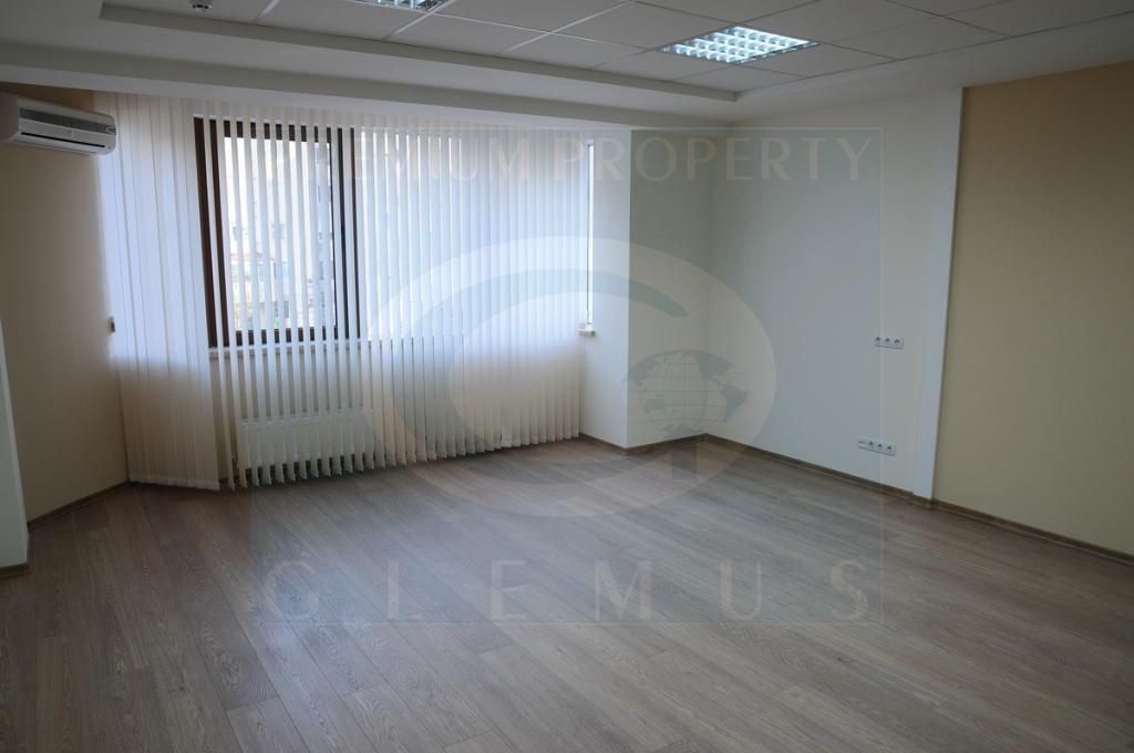 Office on Stefan cel Mare avenue