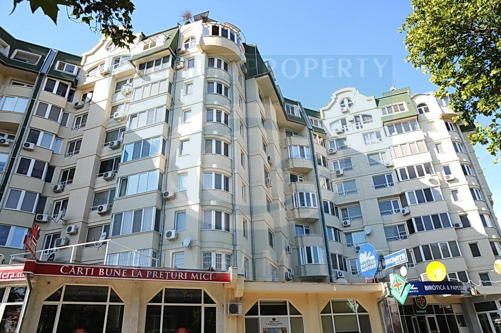 Residential complex on 39/1, Petru Rares street