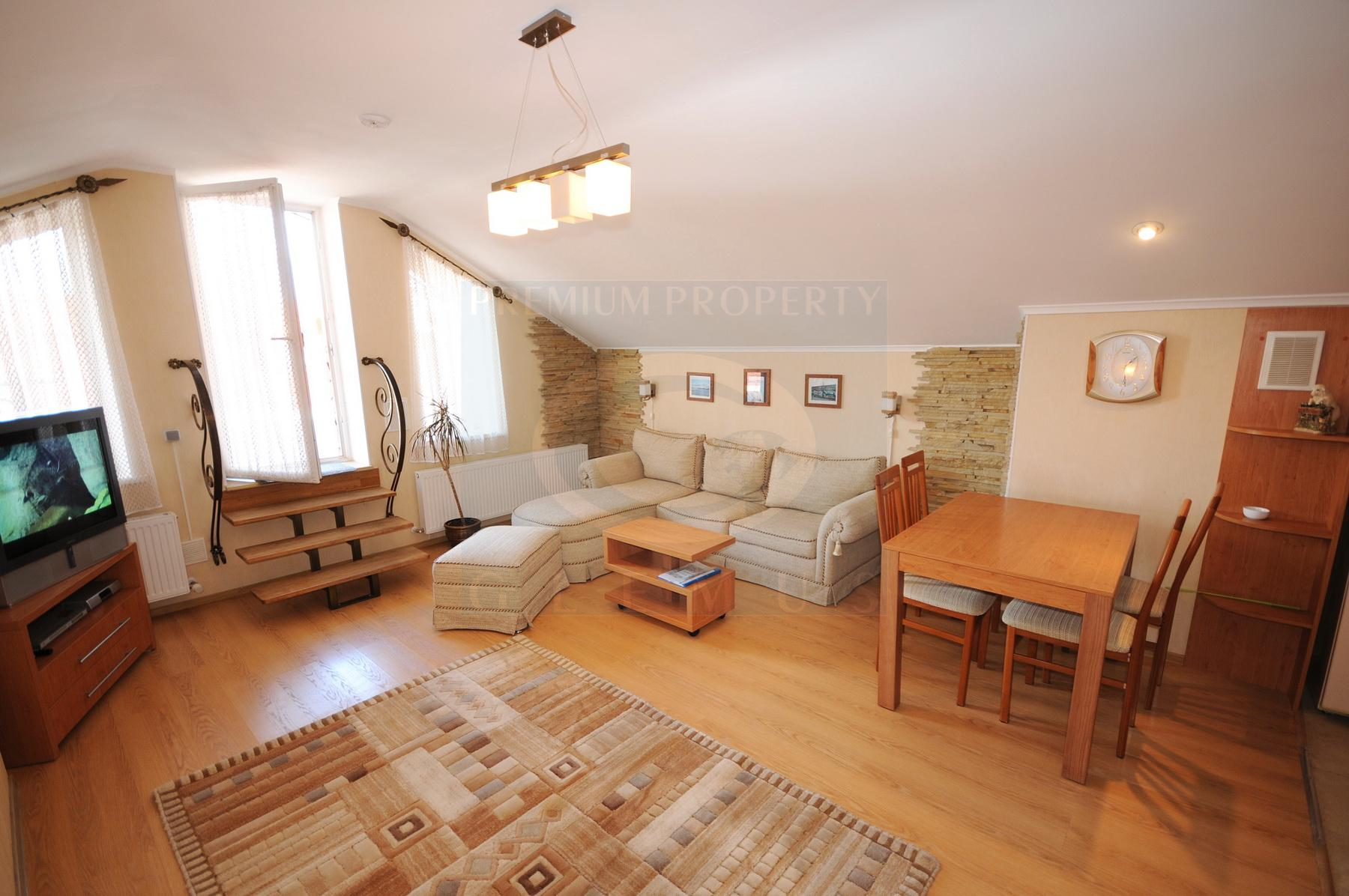 Apartment with the terrace in the quiet part of the city center