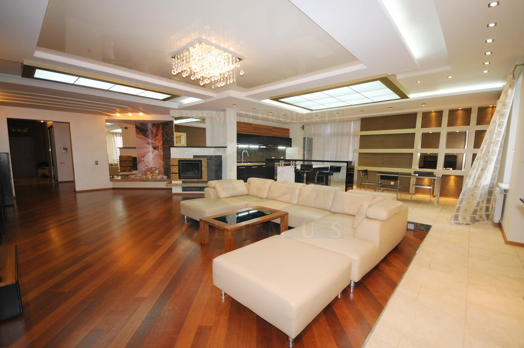 Luxury apartment in five min walk from the Central Market