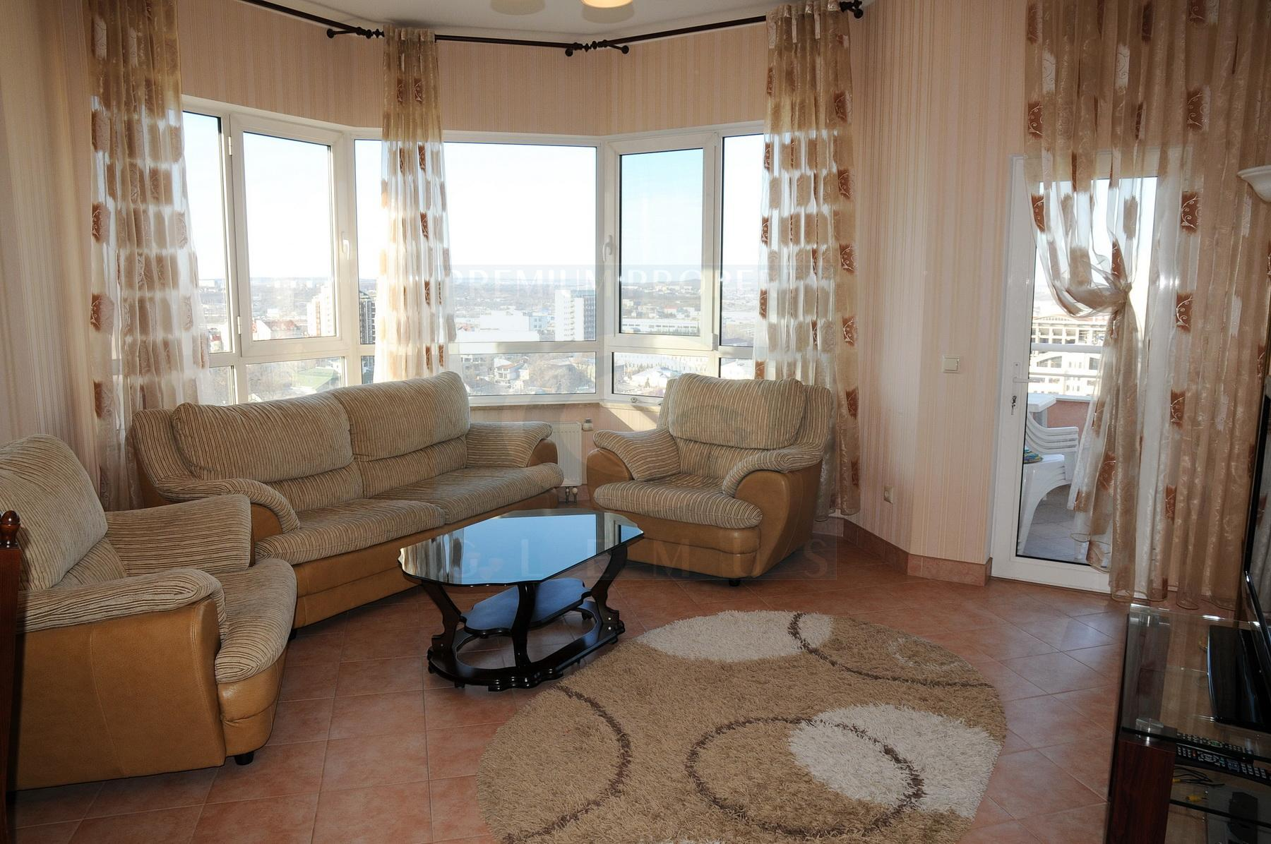 Two-bedroom apartment on the high floor in Crown Plaza building.