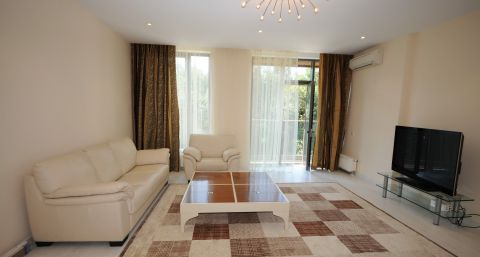 Modern two-bedroom place near Sun City mall