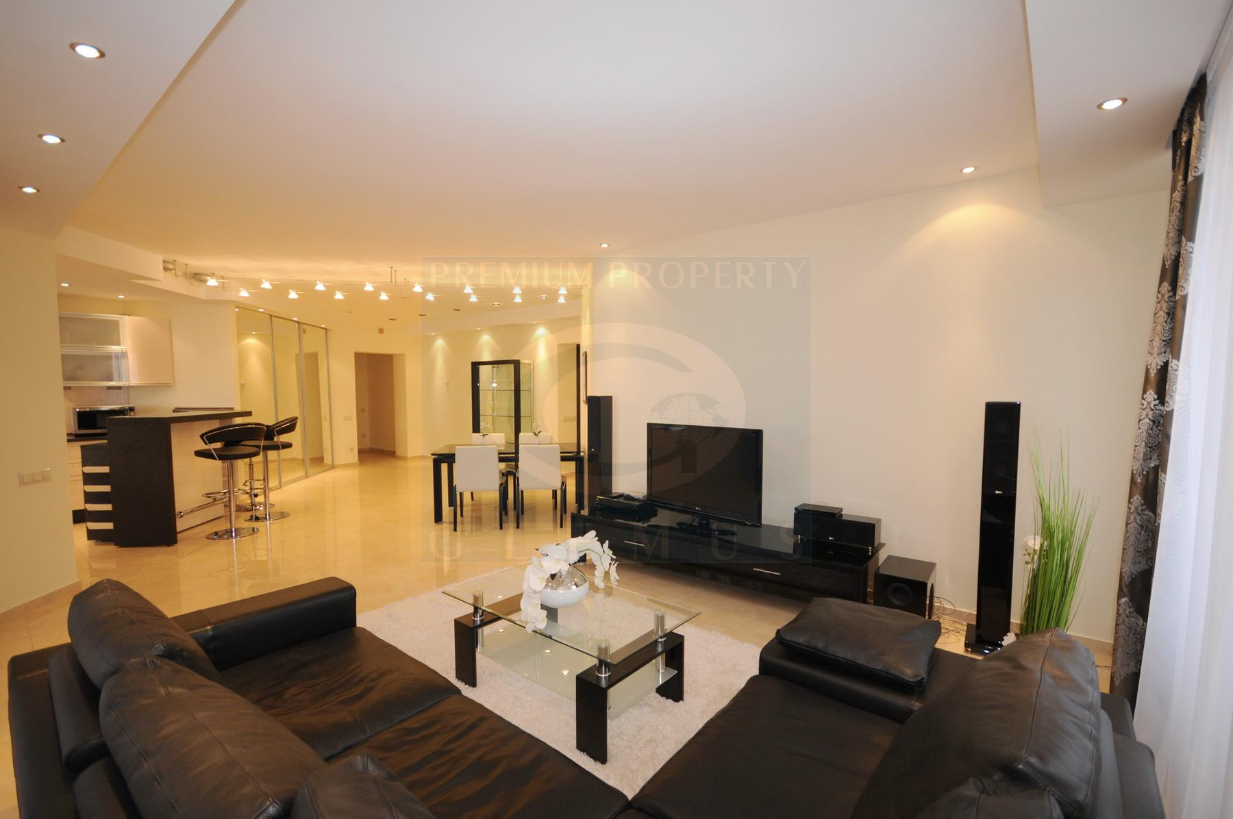 Luxury one-bedroom apartment near Russian Embassy