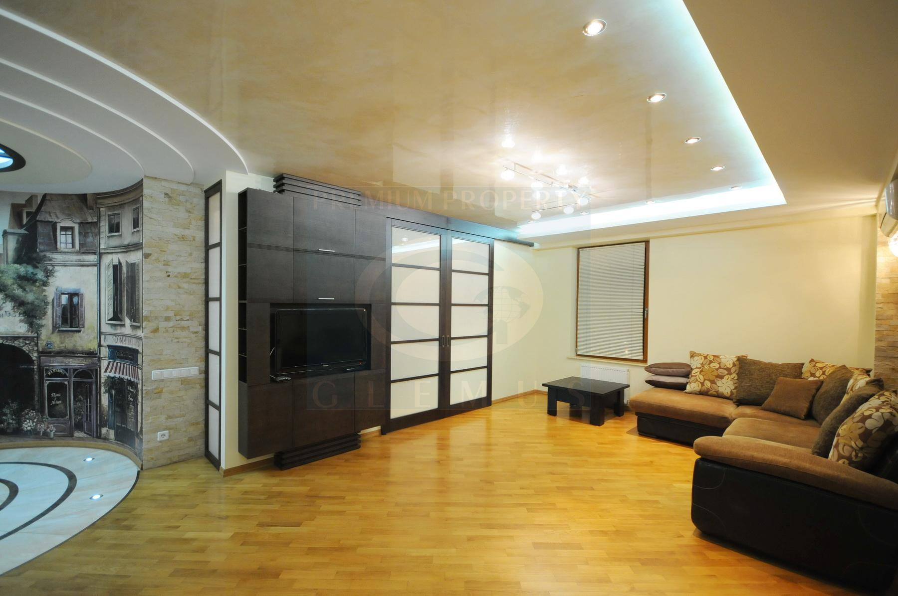 New, spaciouse apartment in a modern building